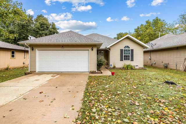 3247 W Lombard Street, Springfield, MO 65802 (MLS #60204037) :: The Real Estate Riders