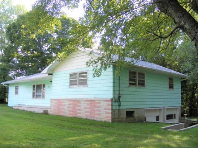 325 South Avenue, Sparta, MO 65753 (MLS #60089537) :: Team Real Estate - Springfield