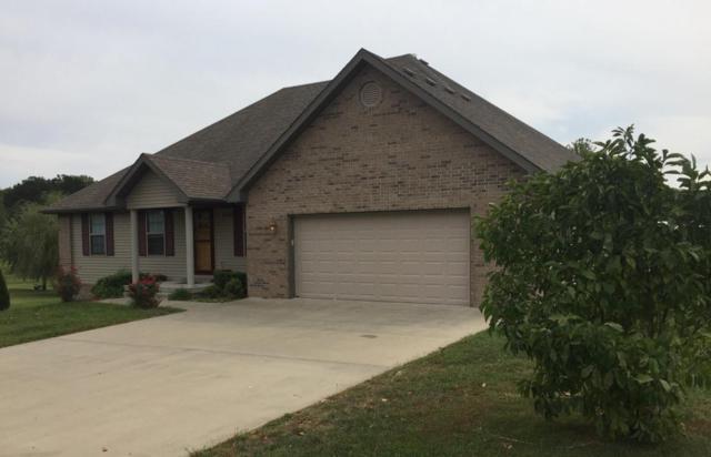 2140 E Meadow Drive, Bolivar, MO 65613 (MLS #60093377) :: Select Homes