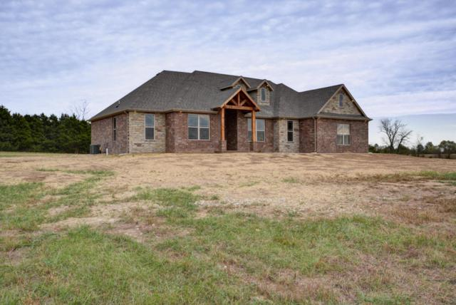 212 Sandy Forest Lane, Clever, MO 65631 (MLS #60093932) :: Team Real Estate - Springfield