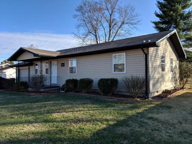 1002 E Lark Street, Ozark, MO 65721 (MLS #60096190) :: Greater Springfield, REALTORS