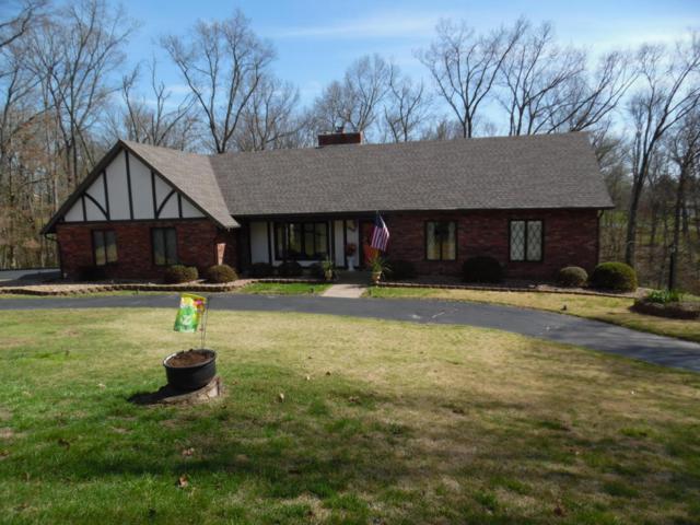 1008 Hickory, Cassville, MO 65625 (MLS #60104658) :: Greater Springfield, REALTORS