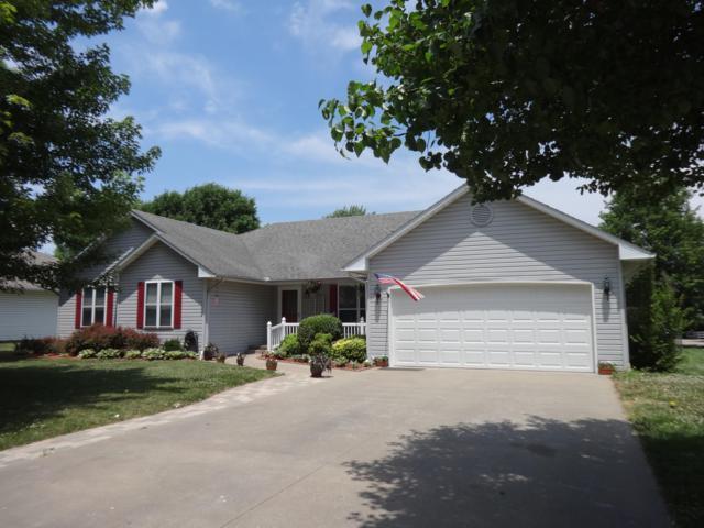 1349 Wendy Lane, Carthage, MO 64836 (MLS #60110820) :: Good Life Realty of Missouri
