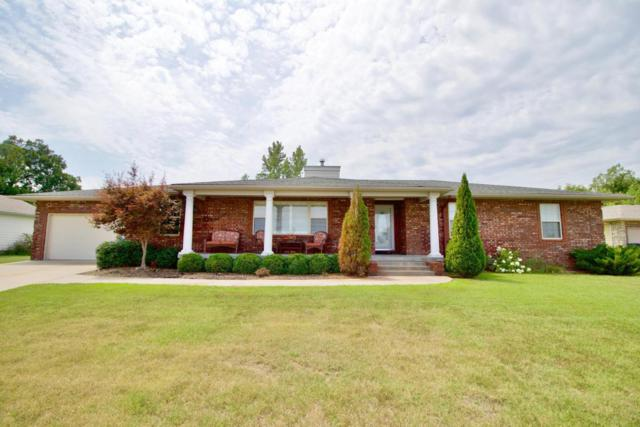 4210 University Circle, Joplin, MO 64801 (MLS #60114453) :: Team Real Estate - Springfield
