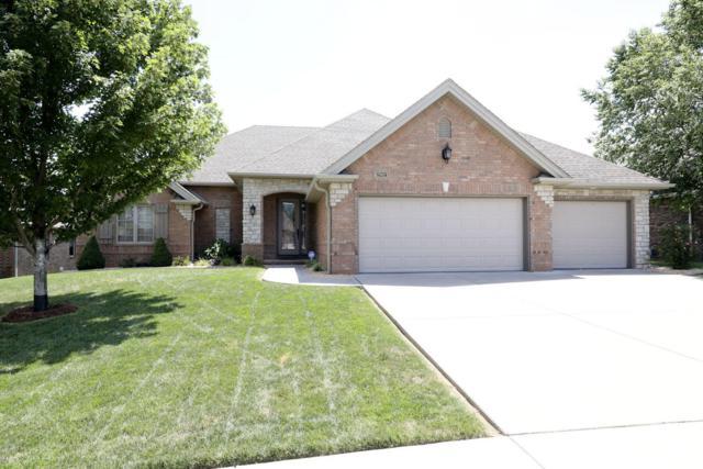 2802 E Chinkapin Lane, Springfield, MO 65804 (MLS #60115477) :: Good Life Realty of Missouri