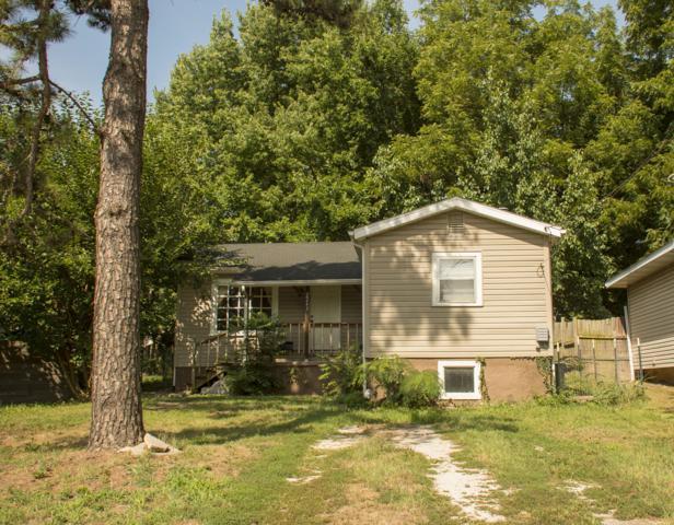 2243 N Lyon Avenue, Springfield, MO 65803 (MLS #60116694) :: Good Life Realty of Missouri