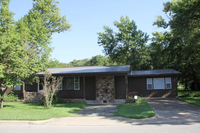 407 Lake Drive, Branson, MO 65616 (MLS #60117932) :: Good Life Realty of Missouri