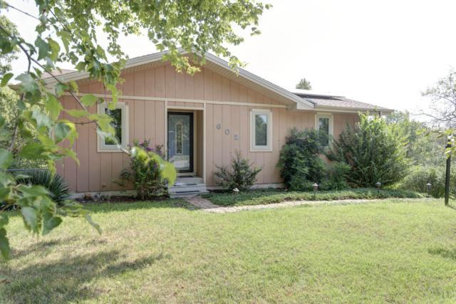 602 N 10th Avenue, Ozark, MO 65721 (MLS #60119526) :: Team Real Estate - Springfield