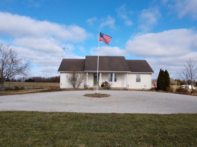 3893 S 117th Road, Bolivar, MO 65613 (MLS #60124172) :: Good Life Realty of Missouri