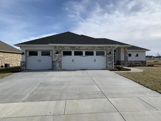 704 N Foxhill Circle, Nixa, MO 65714 (MLS #60127596) :: Weichert, REALTORS - Good Life