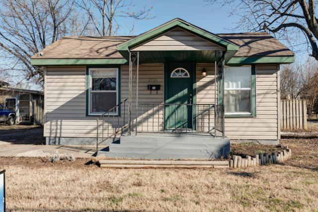 2121 W Calhoun Street, Springfield, MO 65802 (MLS #60129281) :: Weichert, REALTORS - Good Life