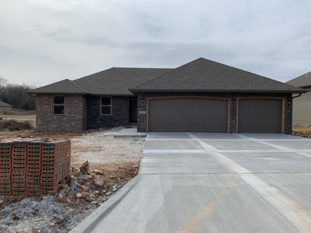 1072 E Lakota Drive, Nixa, MO 65714 (MLS #60130471) :: Team Real Estate - Springfield