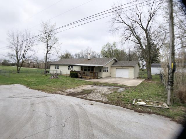 197 Hickory Street, Sparta, MO 65753 (MLS #60133320) :: Team Real Estate - Springfield