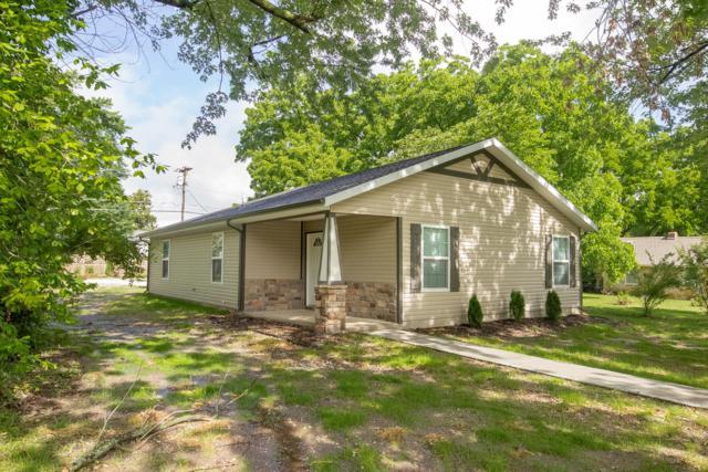 318 N Oak Avenue, Joplin, MO 64801 (MLS #60136915) :: Sue Carter Real Estate Group