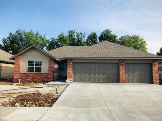 4534 W Tarkio Street, Springfield, MO 65802 (MLS #60137996) :: Sue Carter Real Estate Group