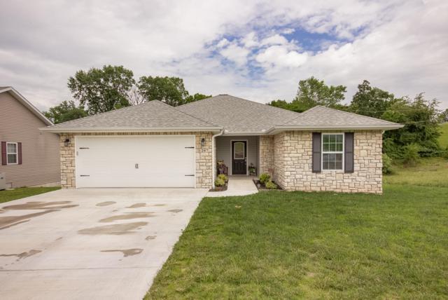 1207 Justins Trail, Neosho, MO 64850 (MLS #60138595) :: Sue Carter Real Estate Group