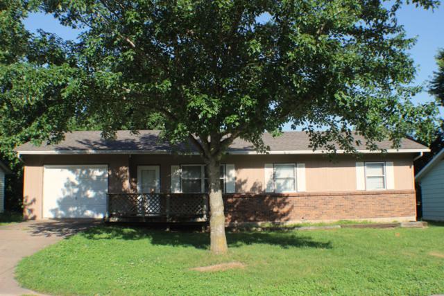 1804 Garland Douglas, Neosho, MO 64850 (MLS #60140094) :: Sue Carter Real Estate Group