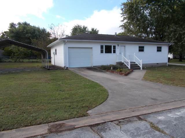 206 W Chase Drive, Goodman, MO 64843 (MLS #60148834) :: Sue Carter Real Estate Group