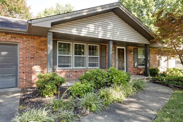 2117 E Montclair Street, Springfield, MO 65804 (MLS #60149590) :: Sue Carter Real Estate Group