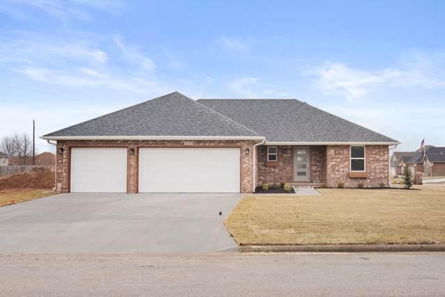 1214 S Fountain Avenue, Republic, MO 65738 (MLS #60151253) :: Sue Carter Real Estate Group