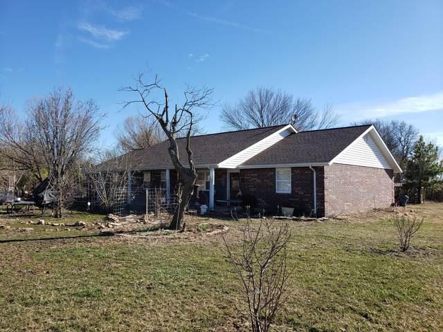 437 Private Road 1117, Monett, MO 65708 (MLS #60156489) :: Team Real Estate - Springfield