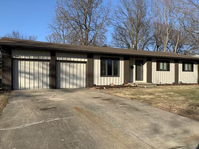 1465 E Glenwood Street, Springfield, MO 65804 (MLS #60157717) :: Team Real Estate - Springfield