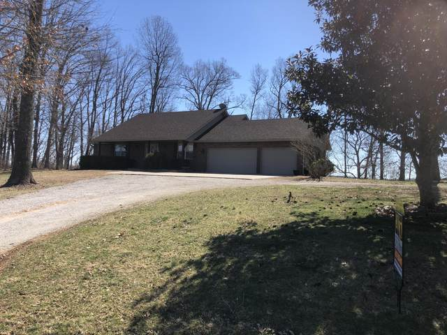 24715 Private Road 2004, Aurora, MO 65605 (MLS #60157873) :: Massengale Group