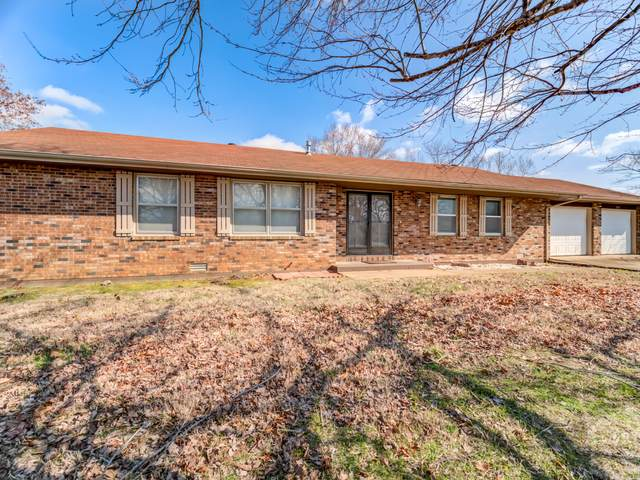 2814 Laurie Drive, West Plains, MO 65775 (MLS #60158022) :: Clay & Clay Real Estate Team