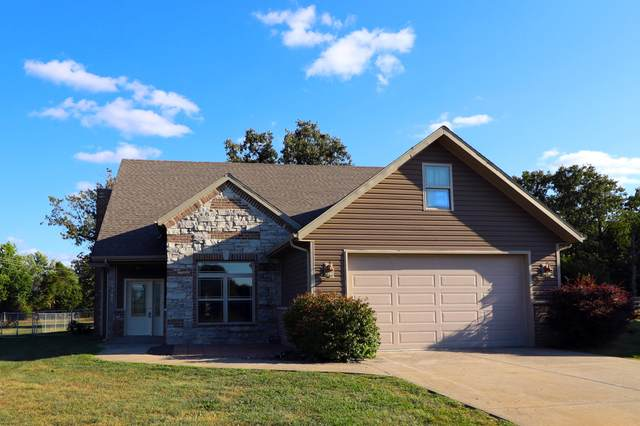 19980 Divine Road, Lebanon, MO 65536 (MLS #60161051) :: Sue Carter Real Estate Group