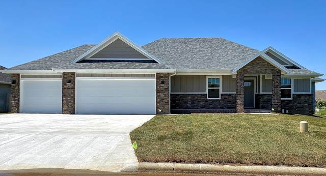 393 E Lombardy Drive, Republic, MO 65738 (MLS #60162481) :: Clay & Clay Real Estate Team