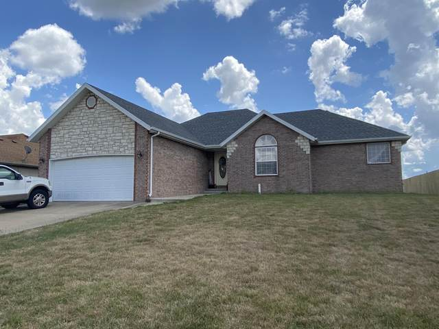 210 E Cypress Street, Clever, MO 65631 (MLS #60166518) :: The Real Estate Riders