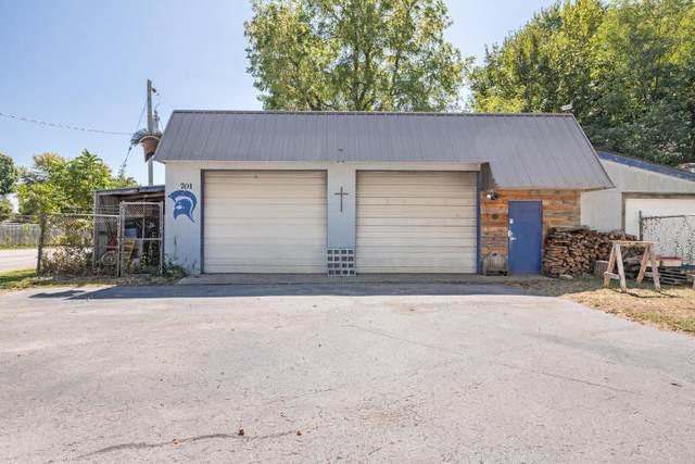 4313 W Maple Street, Springfield, MO 65802 (MLS #60173936) :: Weichert, REALTORS - Good Life