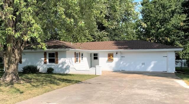 1405 W Locust Street, Bolivar, MO 65613 (MLS #60174057) :: Team Real Estate - Springfield