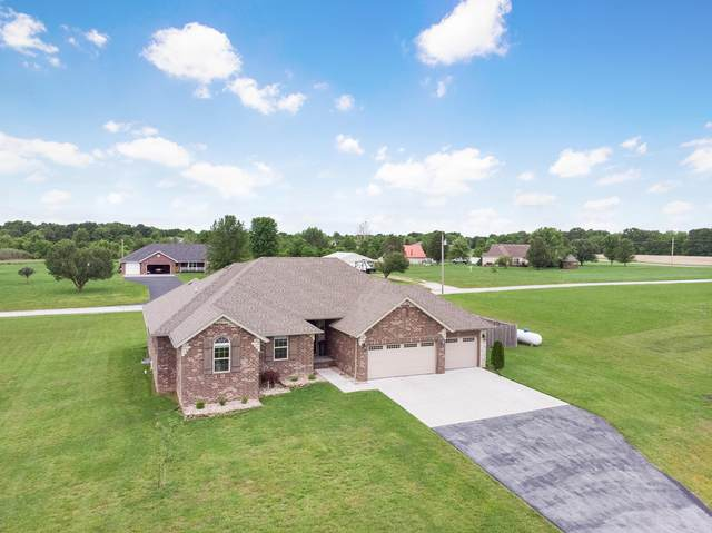 1728 W Big Meadows Lane, Nixa, MO 65714 (MLS #60176519) :: Winans - Lee Team | Keller Williams Tri-Lakes