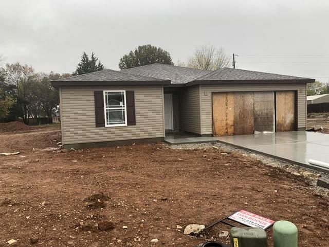 180 Travis Street, Hollister, MO 65672 (MLS #60177097) :: Sue Carter Real Estate Group