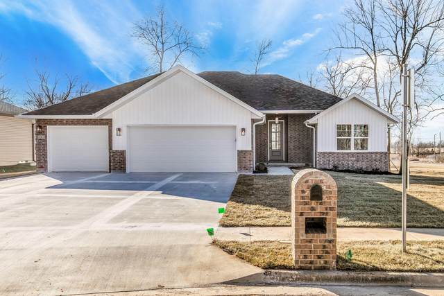 114 E Lombardy Drive, Republic, MO 65738 (MLS #60177640) :: The Real Estate Riders