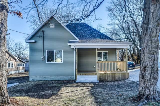2340 N Kellett Avenue, Springfield, MO 65803 (MLS #60182040) :: The Real Estate Riders