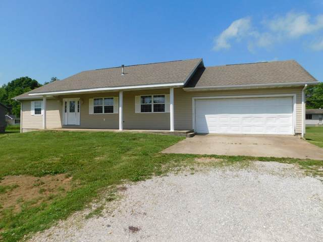 507 W. 11th Street, Willow Springs, MO 65793 (MLS #60185805) :: Clay & Clay Real Estate Team