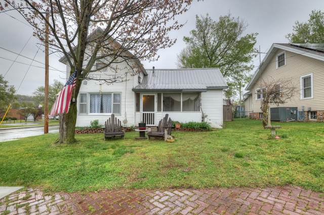 319 N Jefferson Street, Neosho, MO 64850 (MLS #60187628) :: Sue Carter Real Estate Group