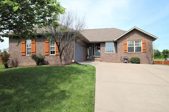 1003 W Crestwood Street, Nixa, MO 65714 (MLS #60190663) :: Lakeland Realty, Inc.