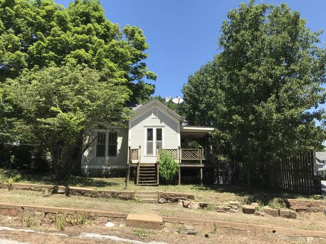 306 Market Street, Thayer, MO 65791 (MLS #60191309) :: Clay & Clay Real Estate Team
