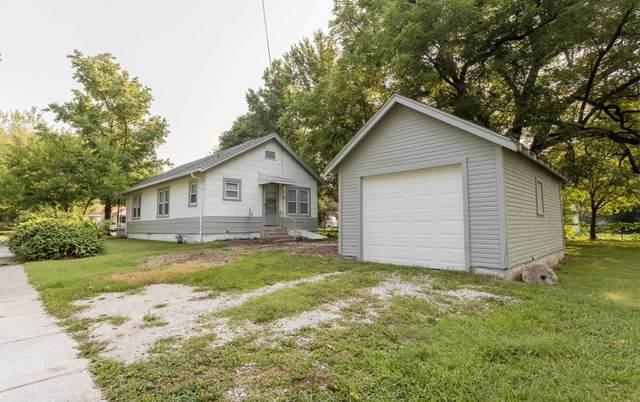 1634 W Lynn Street, Springfield, MO 65802 (MLS #60197493) :: Tucker Real Estate Group | EXP Realty
