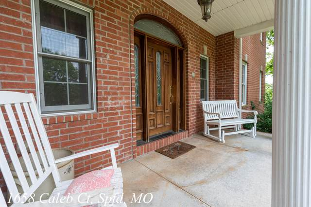 1658 W Caleb Court, Springfield, MO 65810 (MLS #60198426) :: Sue Carter Real Estate Group