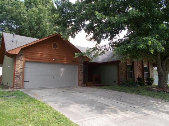 3892 N Broadway Avenue, Springfield, MO 65803 (MLS #60108832) :: Team Real Estate - Springfield
