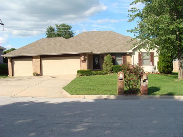 3769 W Greenwood Street, Springfield, MO 65807 (MLS #60111501) :: Good Life Realty of Missouri
