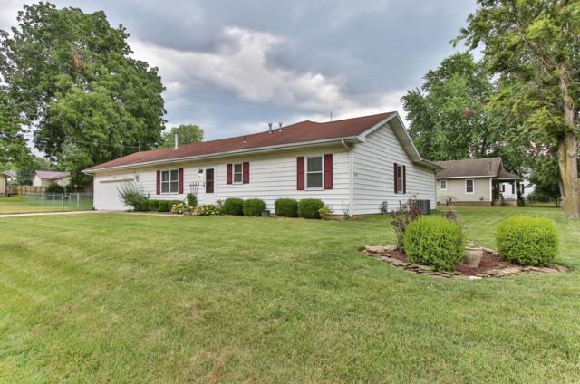 2258 N Fay Avenue, Springfield, MO 65803 (MLS #60113734) :: Good Life Realty of Missouri