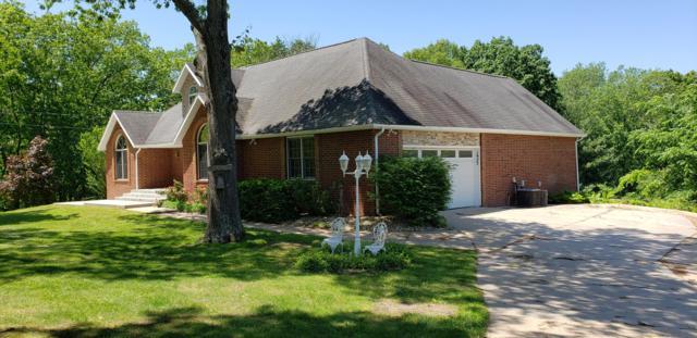 1923 W Ranch Road, Nixa, MO 65714 (MLS #60127710) :: Sue Carter Real Estate Group