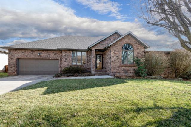 710 W Jackson Avenue, Nixa, MO 65714 (MLS #60128392) :: Team Real Estate - Springfield