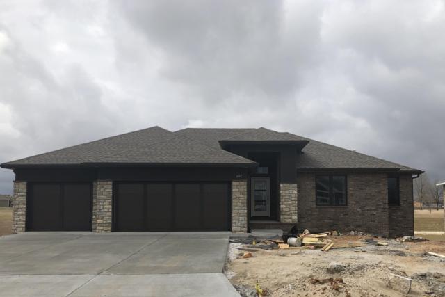 697 N Foxhill Circle, Nixa, MO 65714 (MLS #60128448) :: Team Real Estate - Springfield