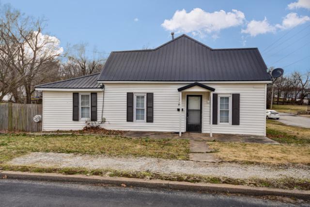 203 S Mccanse Street, Mt Vernon, MO 65712 (MLS #60129374) :: Team Real Estate - Springfield